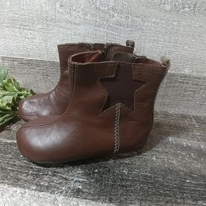 ROBEEZ leather star cowboy boots NWOT